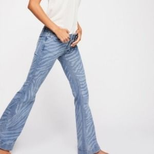 WE THE FREE Low Tide Zebra Print Flare Jeans